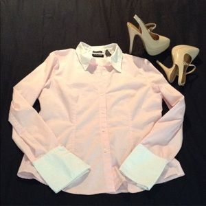 New York and Co Baby pink button down top